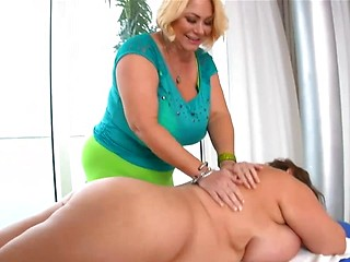 Fat mature mom porn