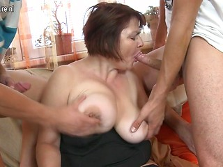 Xxx mature threesomes